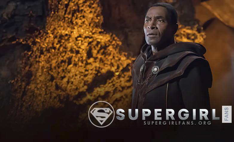 Supergirl revela cómo el padre de J'onn J'onzz sobrevivió en Marte