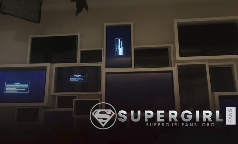 Odette Annable comparte una nueva foto del set de Supergirl
