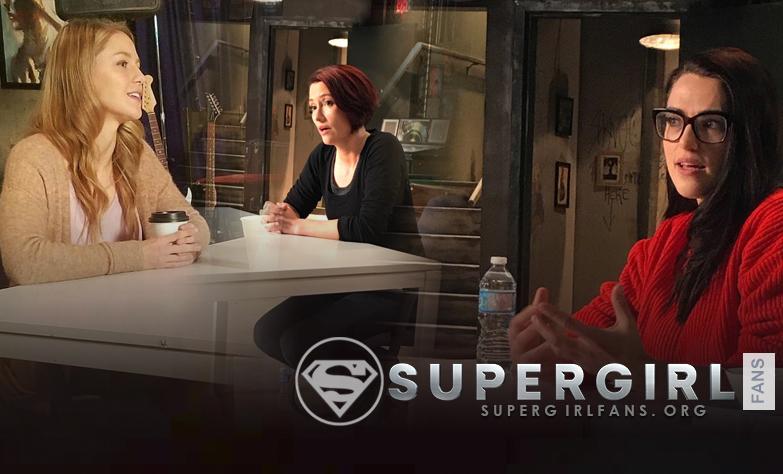 Elenco de Supergirl durante Supergirl Press (Noviembre 6)