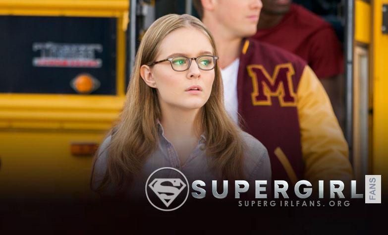 Izabela Vidovic habla de su participación en Supergirl como la joven Kara