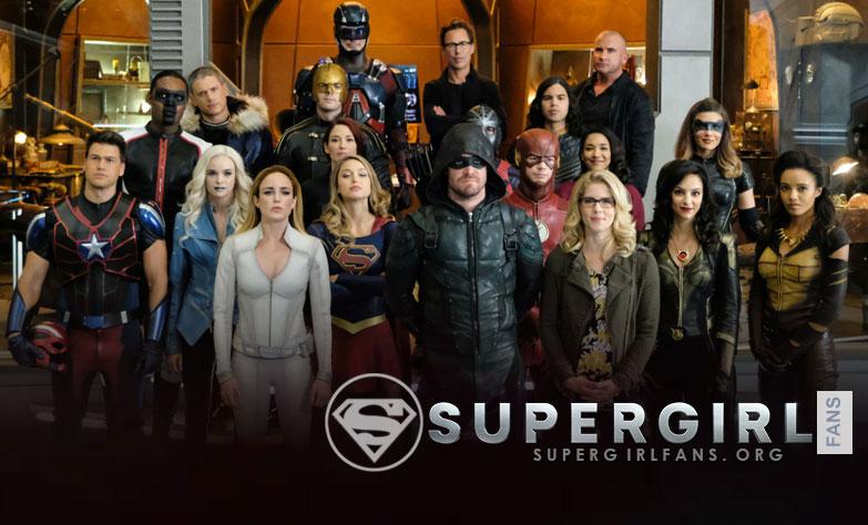 CW va a volver a transmitir 'Crisis on Earth-X' el próximo año (Enero 2018)