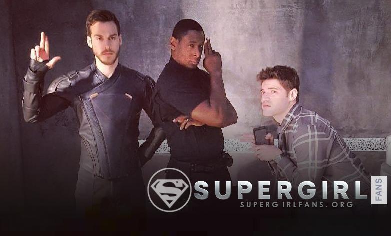 Nueva foto de David Harewood , Chris Wood y Jeremy Jordan en el set de Supergirl