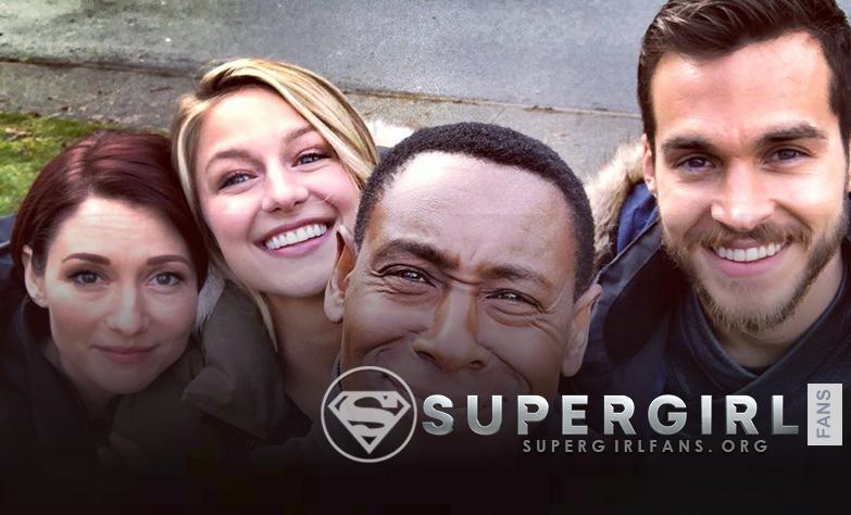 Nueva foto del cast de Supergirl en el set