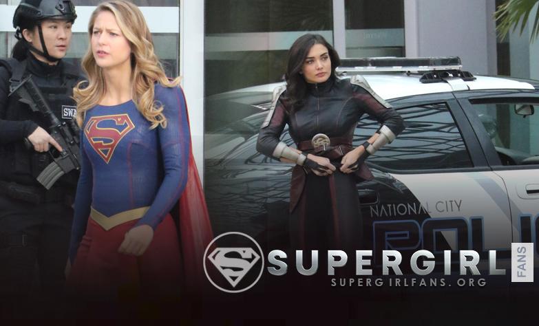 Fotos HQ's de Melissa Benoist yAmy Jackson en el set de Supergirl en Vancouver, Canada