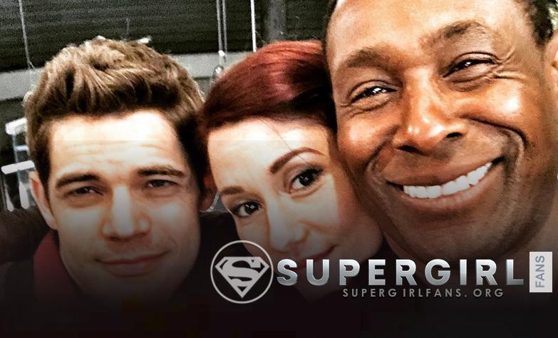 Nueva foto de cast de Supergirl en el set