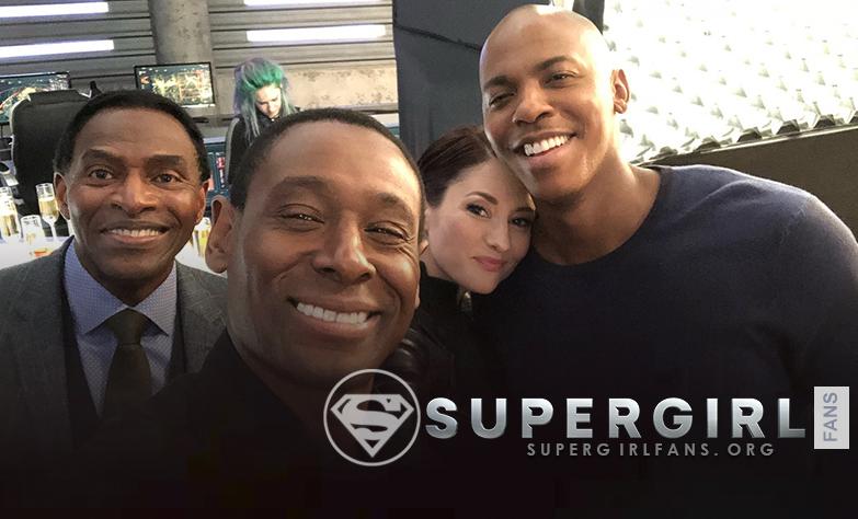Nuevas fotos del cast en el set de Sueprgirl