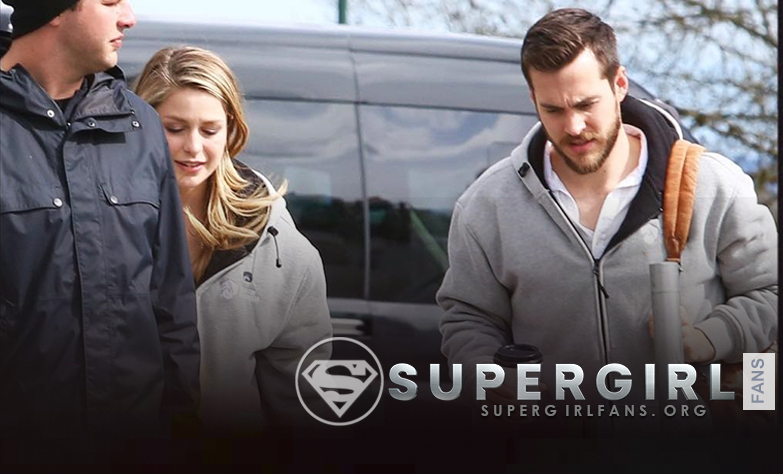 Fotos de Melissa Benoist y Chris Wood en el set de Supergirl en Vancouver + HQ's (ACTUALIZADO)