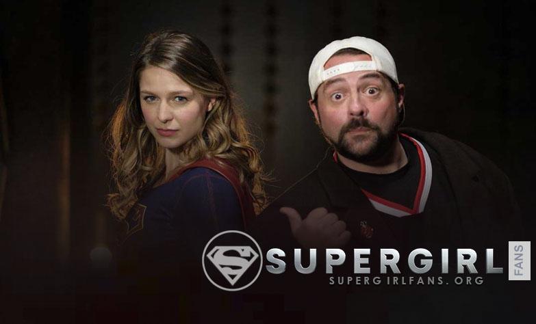 Kevin Smith dirigirá el episodio 4.04 «Ahimsa» de Supergirl'