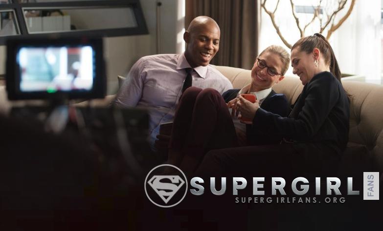 Nuevas y antiguas fotos del cast de Supergirl en el set de la tercera temporada