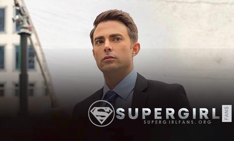 Jonathan Bennett comparte una nueva foto desde el set de Supergirl