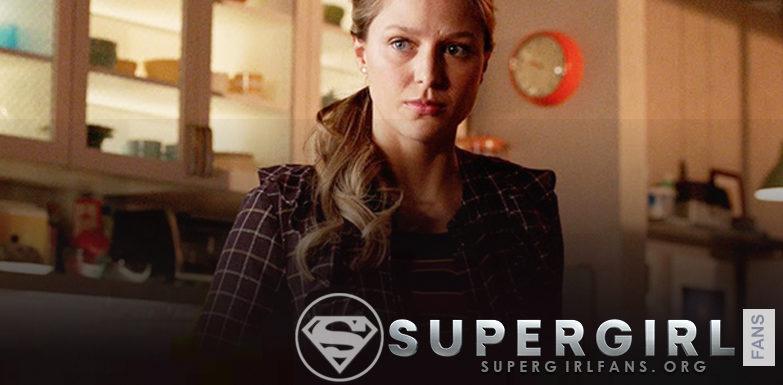 ¿Supergirl en verdad esta intentando ocultar su identidad secreta?