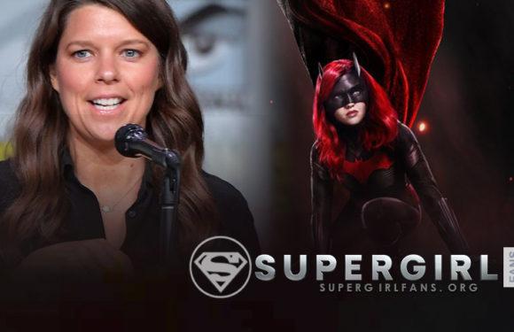 Caroline Dries productora de Batwoman el mejor crossover del mundo con Supergirl
