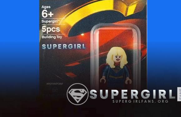 Minifigura de Lego de Supergirl en DcFanDome