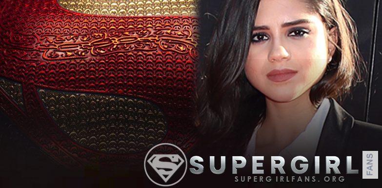 El traje de Supergirl de DCEU tiene pantalones mientras vuela en el video del set de la película The Flash